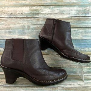 Softspots Leather Zip Up Ankle Boots